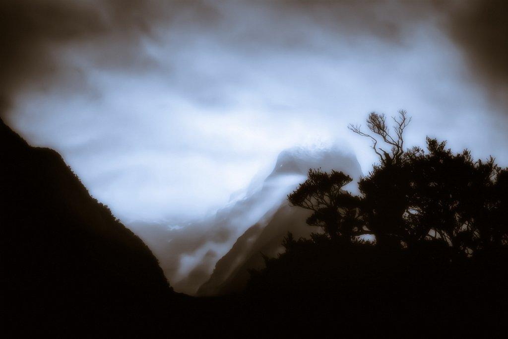 New-Zealand-Milford-Sound-Nov-2004-0016-2-1468.jpg